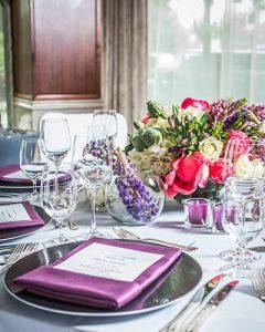 Könnyed asztaldísz gála vacsorára