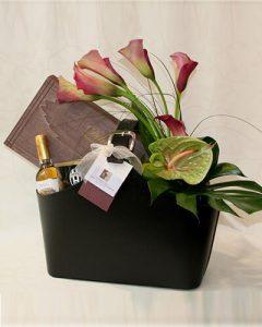 Pazar Fleurt ajándékkosár lakáskiegészítőkkel