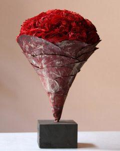 Pazar vermont rózsák tölcsér formában