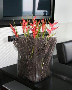 Helikonia kompozíció - családi ház virágdíszítés