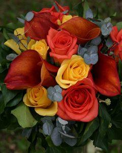 Sárga és narancs színű örömanya csokor
