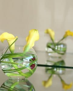 Cocktail decoration from yellow calla lilies