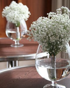 Cocktail decoration made of baby's breath