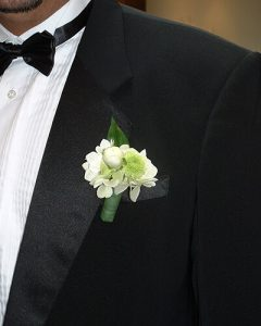 Kis fehér-zöld vőlegény kitűző